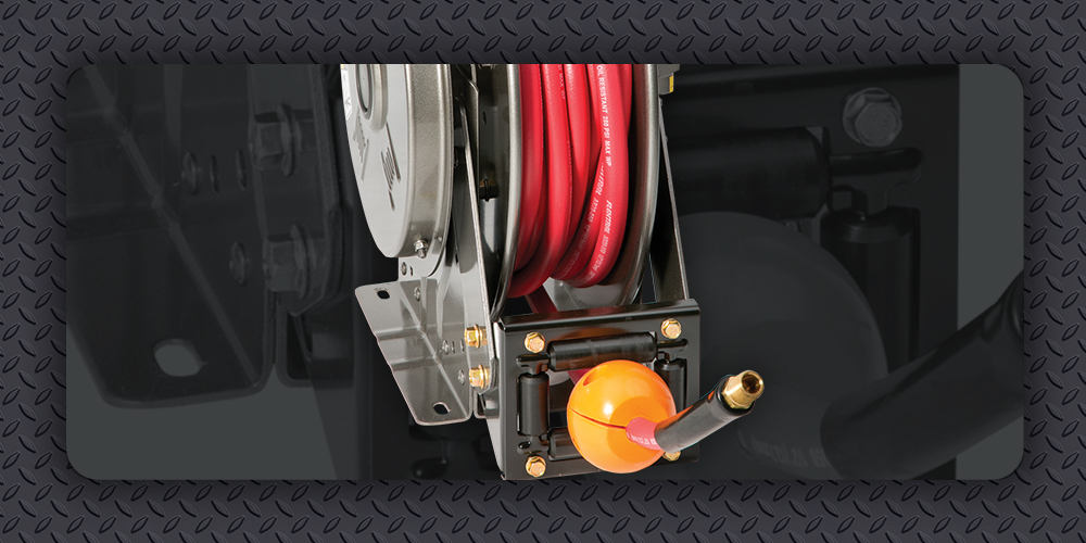 Install a ball stop with spring rewind reel